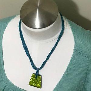 5/$15 vintage costume jewelry pendant necklace